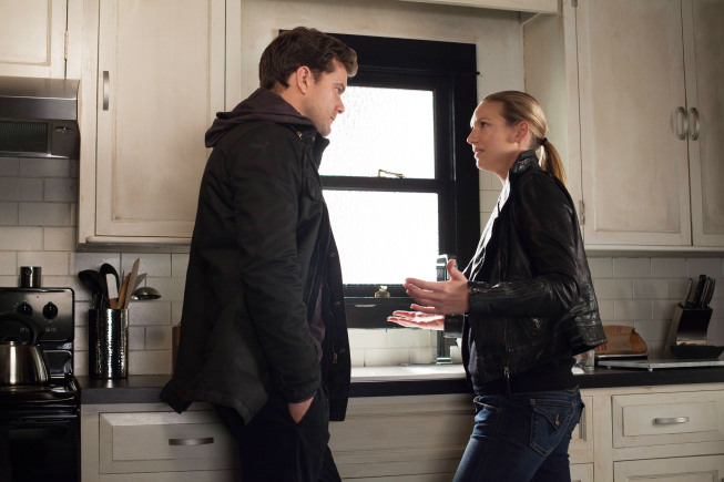"FRINGE: Peter (Josh Jackson, L) and Olivia (Anna Torv, R) are upset by the Observer's story in the all-new ""This Boy Must Live"" episode of FRINGE airing Friday, Jan.11 (9:00-10:00 PM ET/PT) on FOX. ©2012 Fox Broadcasting Co. CR: Liane Hentscher/FOX"
