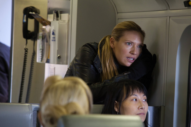 "FRINGE: Olivia (Anna Torv) track the loyalists in the all-new ""This Boy Must Live"" episode of FRINGE airing Friday, Jan.11 (9:00-10:00 PM ET/PT) on FOX. ©2012 Fox Broadcasting Co. CR: Liane Hentscher/FOX"