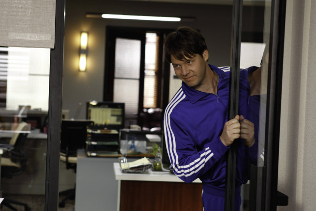 "THE MINDY PROJECT: Ike Barinholtz guest-stars as Morgan in the ""Hiring and Firing"" episode of THE MINDY PROJECT airing Tuesday, Oct. 2 (9:30-10:00 PM ET/PT) on FOX. ©2012 Fox Broadcasting Co. Cr: Jordin Althaus/FOX"