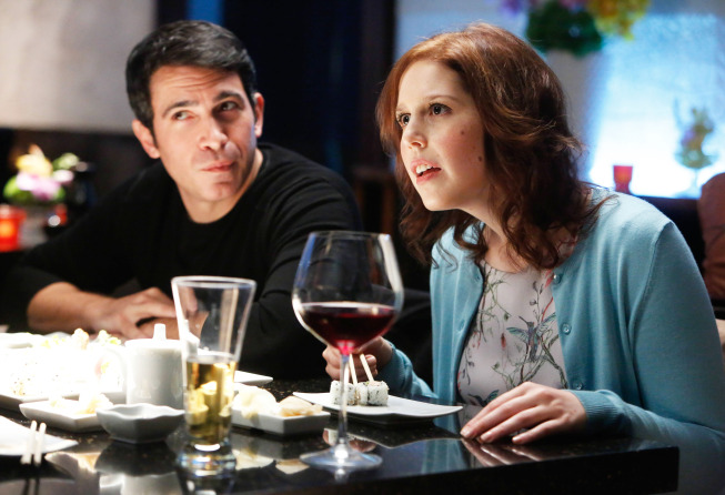 """THE MINDY PROJECT: Mary (guest star Vanessa Bayer, R) and Danny (Chris Messina, L) go on a double date in the """"Sk8er Man"""" episode of THE MINDY PROJECT airing Tuesday, Nov. 5 (9:30-10:00 PM ET/PT) on FOX. ©2013 Fox Broadcasting Co. Cr: Jordin Althaus/FOX"""