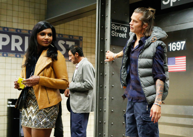 """THE MINDY PROJECT: Graham (guest star Timothy Olyphant, R) rescues Mindy's (Mindy Kaling, L) phone in the """"Sk8er Man"""" episode of THE MINDY PROJECT airing Tuesday, Nov. 5 (9:30-10:00 PM ET/PT) on FOX. ©2013 Fox Broadcasting Co. Cr: Jordin Althaus/FOX"""